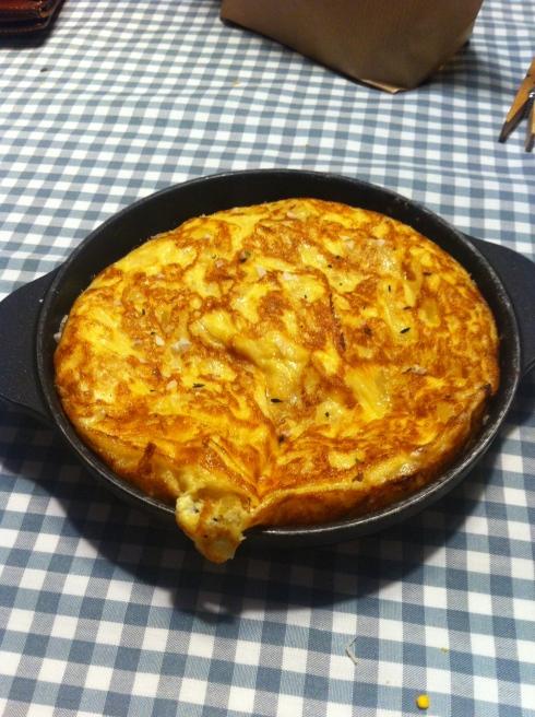 La Muñoca - Tortilla de patata semi cuajada con cebolla