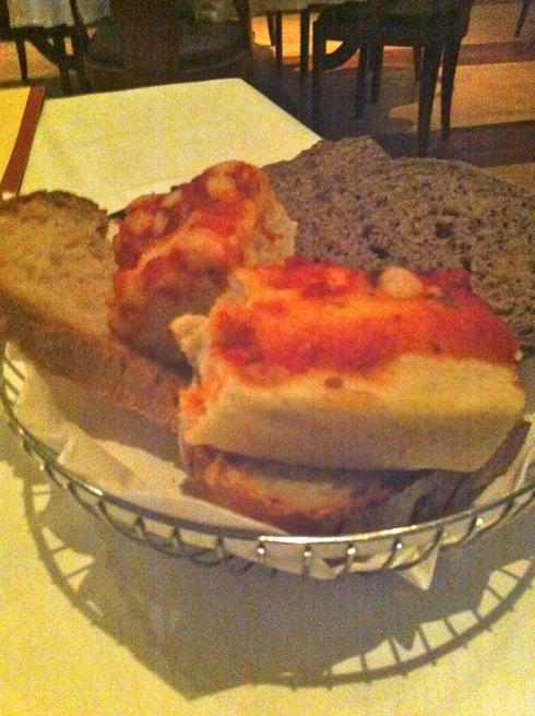Bice - Cesta de pan variado