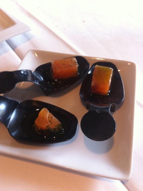 Quattro - Aperitivo de salmón marinado