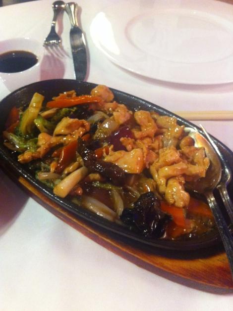 Bam Bou - Pollo con verduras estilo cantonés