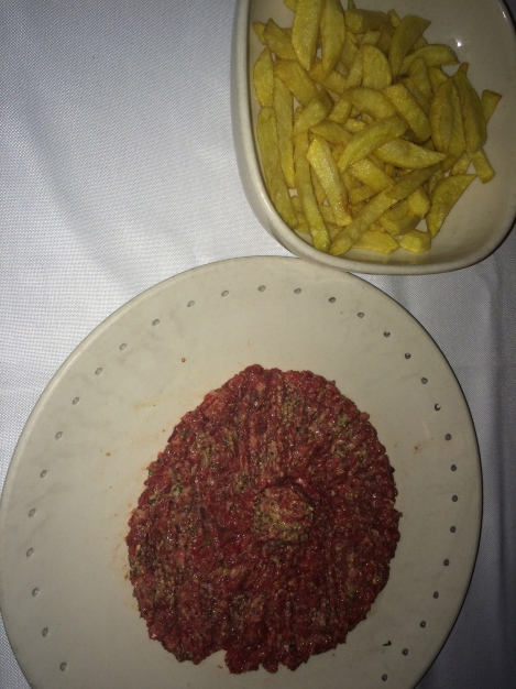 Sacha - Steak Tartar